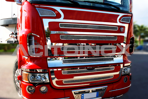 Air intake surround + mask application | Suitable for Scania R